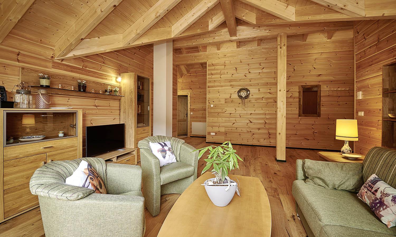 Wohnzimmer im dachgeschoss raum und m beldesign inspiration for Wohnzimmer dachgeschoss